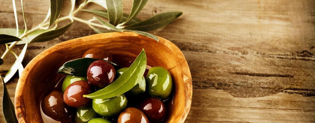 Frantoi - Eating Olives