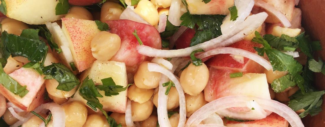 Chickpeas and Peach Salad Recipe